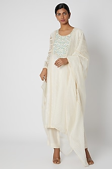 Beige Aari Embroidered Kurta Set by Nadima Saqib