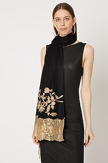 Black Pashmina Embroidered Stole by Neiza Shawls