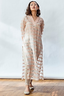 Coral Accent Striped Kurta With Slip by NESOLO