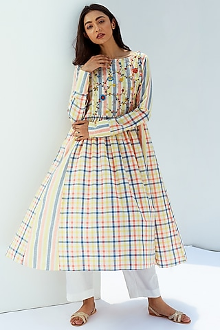 Multi colored Hand Embroidered Kurta by Nesolo