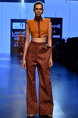 Brown Crop Top With Peg Pants by Nikhil Thampi