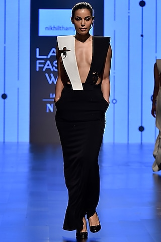 Black & White Deep Neck Lapel Dress by Nikhil Thampi