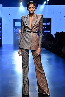 Silver Backless Shimmery Blazer Set by Nikhil Thampi