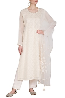 White Applique Kurta Set by Nysa & Shubhangi