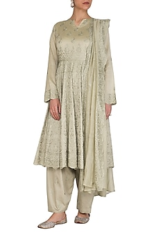 Mint Green Chanderi Kurta Set by Nysa & Shubhangi
