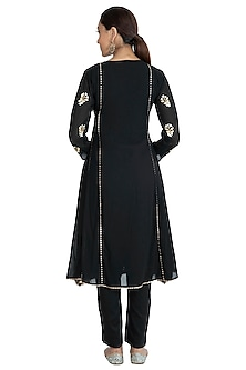 Black Embellished Kurta Set by Nysa & Shubhangi