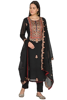Black Embroidered Kurta Set by Nysa & Shubhangi