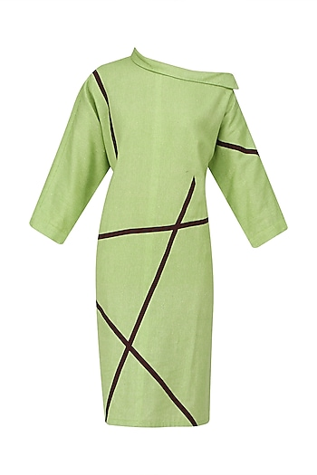 Green One Shoulder Midi Dress by Olio