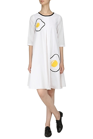 White Fried Egg Patchworl Cone Dress by Olio