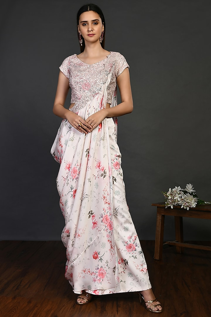 Off-White Skirt Saree Set With Sequins Work by Onaya
