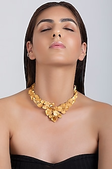 Matte Gold Plated Textured Necklace by Opalina