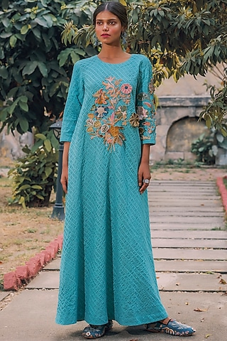 Blue Hand Embroidered Kaftan by Oushk By Ussama Shabbir