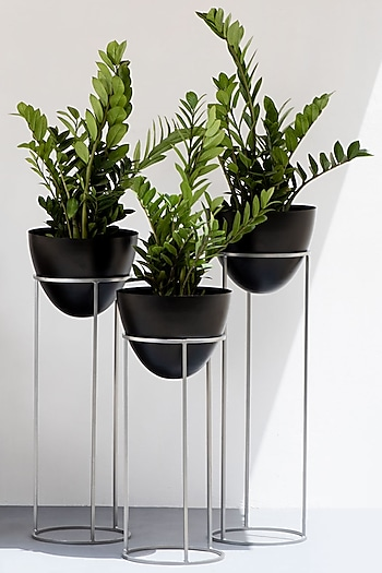 Ovate Black & Silver Iron Planter  (Set of 3) by The Decor Remedy