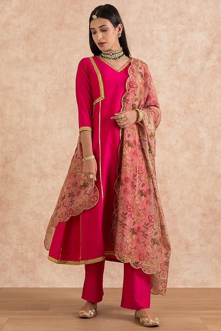 Hot Pink Gota Embroidered Kurta Set by Palak & Mehak