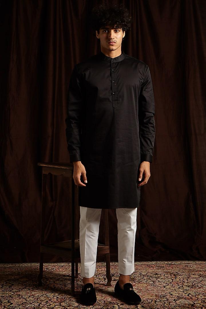 Black & White Kurta Set by Project Bandi