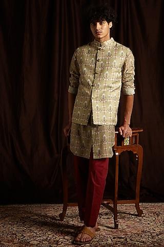 Moss Green & Maroon Printed Kurta Set With Jacket by Project Bandi