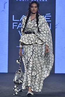 Ivory Printed Saree Set With Jacket by Punit Balana