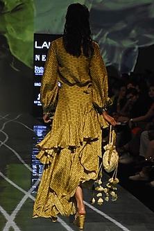 Henna Green Bandhani Shirt With Skirt by Punit Balana