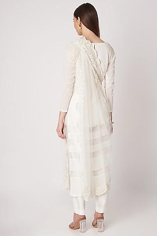 White Embroidered Kurta Set by Priya Chhabria