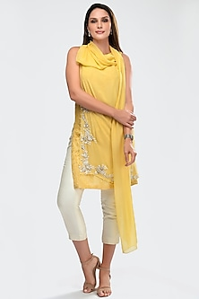 Yellow & White Embroidered Kurta Set by Priya Chhabria