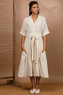 Off White Collared Dress With Attached Belt by Purvi Doshi