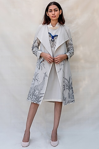Off White Embroidered Overlay Jacket by Purvi Doshi