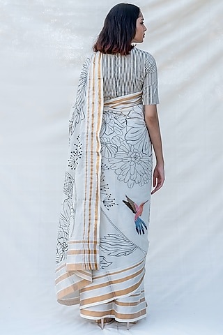 Off White Hand Embellished Saree by Purvi Doshi