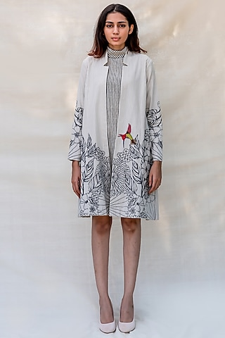 Off White Embroidered Paneled Jacket by Purvi Doshi