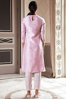 Lavender Embroidered Kurta Set by Pernia Qureshi