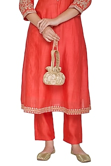 Golden Embroidered Potli by Pernia Qureshi