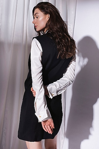 Black Front Open Vest Jacket by Priyanka Gangwal