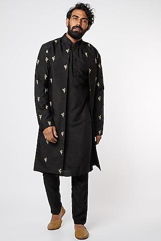 Black Cotton Silk Kurta Set by Prathyusha Garimella Men