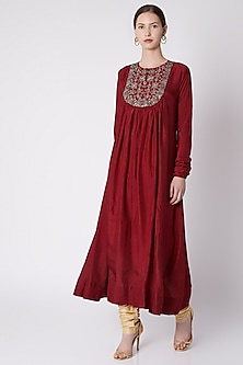 Red Embroidered Kurta With Churidar Pants by Payal Goenka