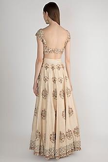 Ivory Embroidered Bridal Lehenga Set by Pleats by Kaksha & Dimple