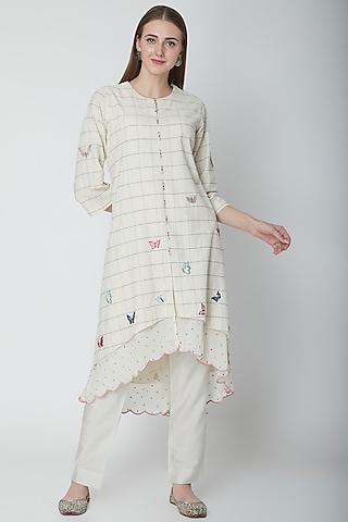 White Embroidered Asymmetric Kurta by POULI