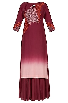 Deep pink ombre embroidered kurta set by POULI