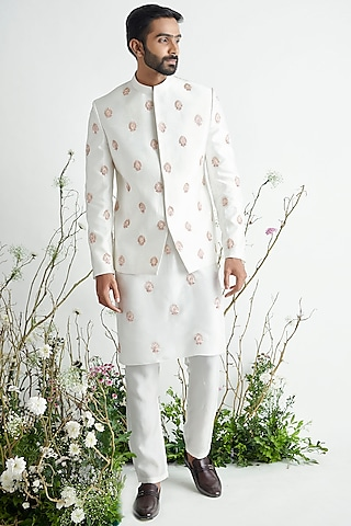 White Embroidered Bandhgala Jacket Set by Pink Peacock Couture Men