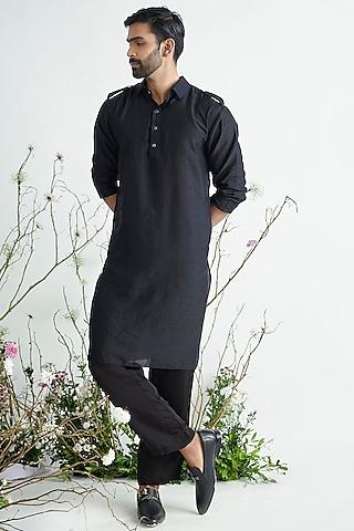 Black Kurta Set by Pink Peacock Couture Men