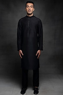 Black Embroidered Kurta Set by Pink Peacock Couture Men