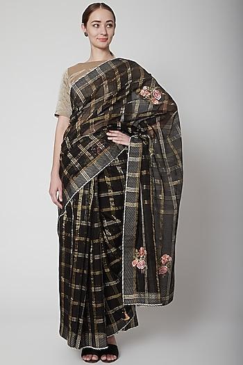 Black & Gold Saree Set With Checks by Prama by Pratima Pandey