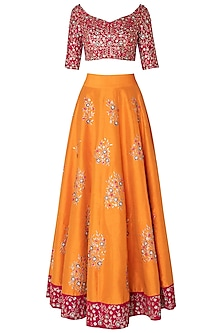 Haldi yellow embroidered lehenga set by PINK PEACOCK COUTURE