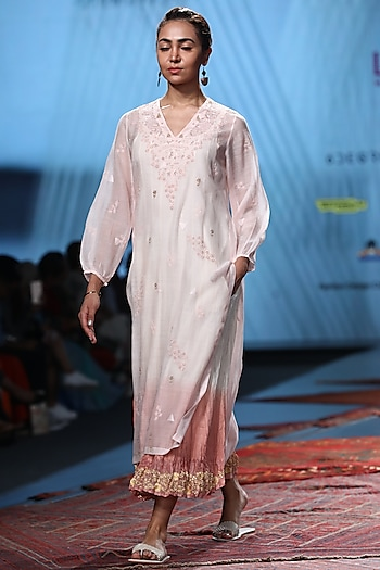 Blush Pink Embroidered Kurta With Ombre Inner by Prama by Pratima Pandey