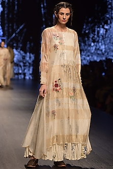 Ivory Embroidered Tunic With Digital Printed Inner by Prama by Pratima Pandey
