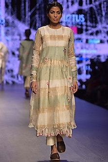 Beige Embroidered Pintuck Kurta With Inner by Prama by Pratima Pandey