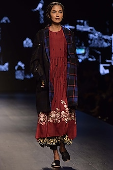 Maroon Embroidered Dress With Inner & Black Jacket by Prama by Pratima Pandey