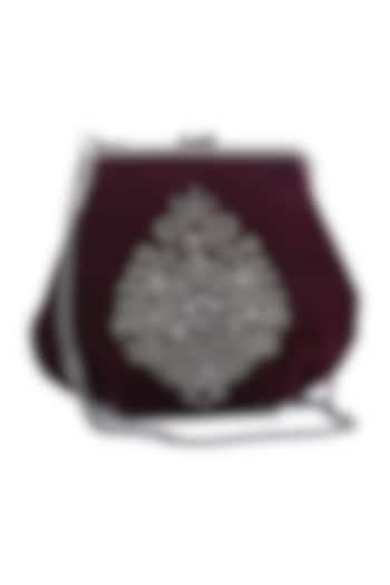 Maroon Embroidered Velvet Box Clutch by Praccessorii