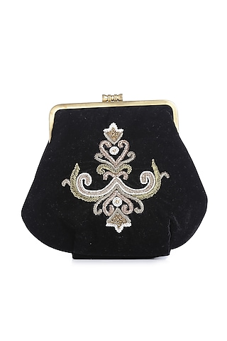 Black Embroidered Velvet Clutch by Praccessorii
