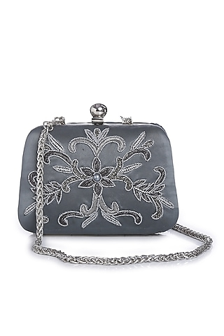 Antique Silver Floral Embroidered Clutch by Praccessorii