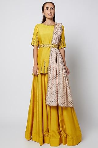 Mustard Skirt Set With Embroidered Belt by Prathyusha Garimella