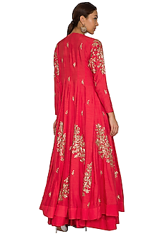 Red Embroidered Jacket Lehenga Set by Prathyusha Garimella